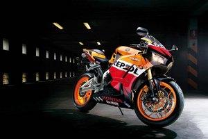 Краткая история развития мотоцикла Honda CBR600RR