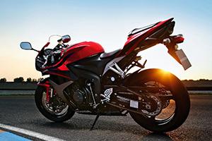 Технические характеристики мотоцикла Honda (Хонда) CBR600RR краткий обзор модели мотоцикла