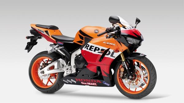 Мотоцикл Honda CBR600RR (Хонда СБР600РР) - фото 11