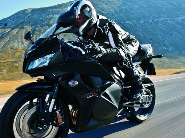 Мотоцикл Honda CBR600RR (Хонда СБР600РР) - фото 14