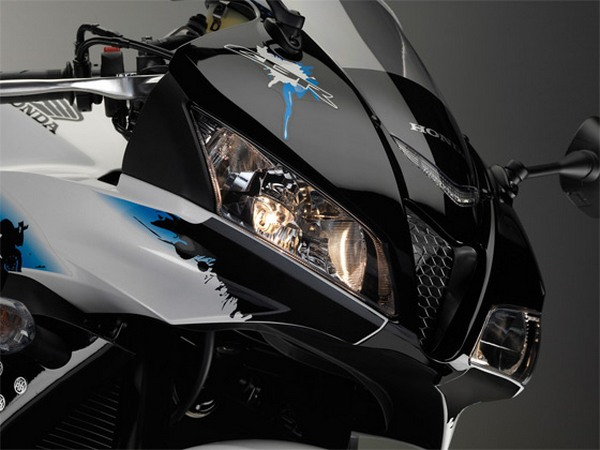 Мотоцикл Honda CBR600RR (Хонда СБР600РР) - фото 15
