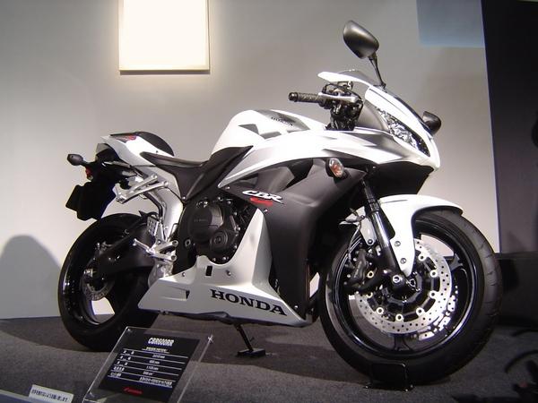 Мотоцикл Honda CBR600RR (Хонда СБР600РР) - фото 18