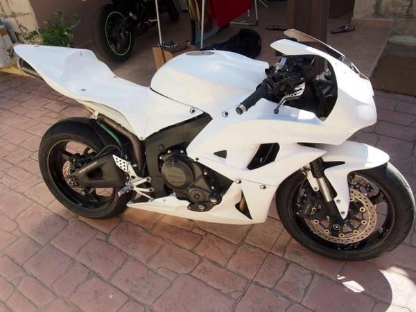 Мотоцикл Honda CBR600RR (Хонда СБР600РР) - фото 4