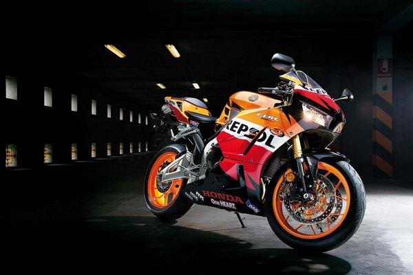 Мотоцикл Honda CBR600RR (Хонда СБР600РР) - фото 6
