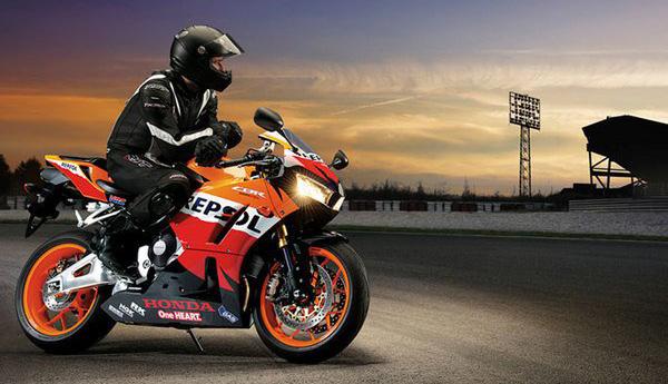Мотоцикл Honda CBR600RR (Хонда СБР600РР) - фото 7