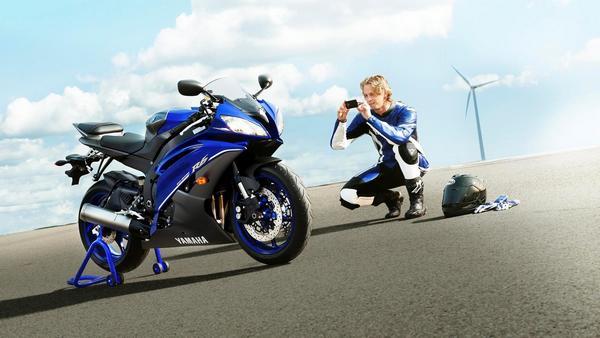 Легендарный мотоцикл из категории суперспорт Yamaha R6 - фото 1