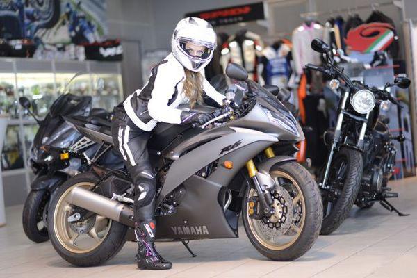 Легендарный мотоцикл из категории суперспорт Yamaha R6 - фото 15