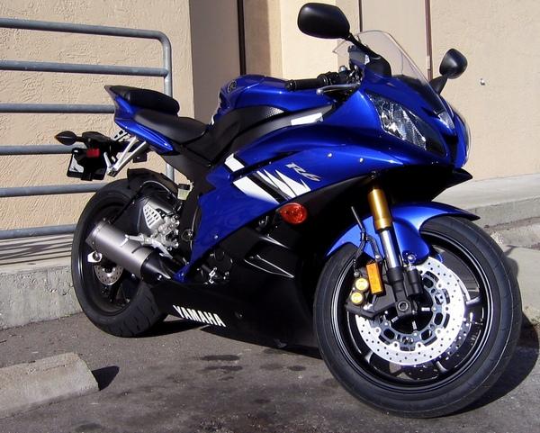 Легендарный мотоцикл из категории суперспорт Yamaha R6 - фото 18