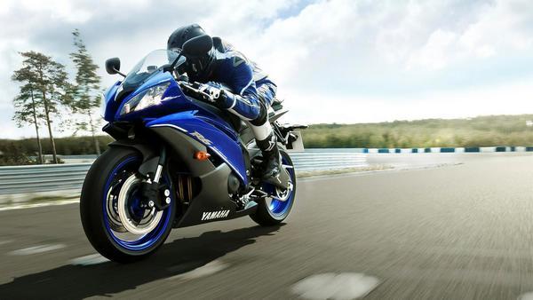 Легендарный мотоцикл из категории суперспорт Yamaha R6 - фото 2