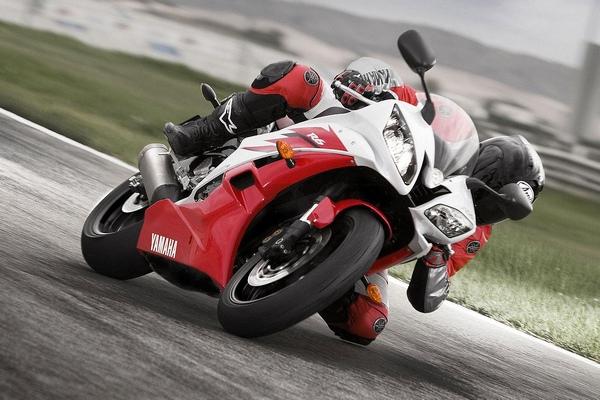 Легендарный мотоцикл из категории суперспорт Yamaha R6 - фото 22