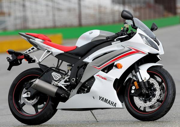 Легендарный мотоцикл из категории суперспорт Yamaha R6 - фото 8