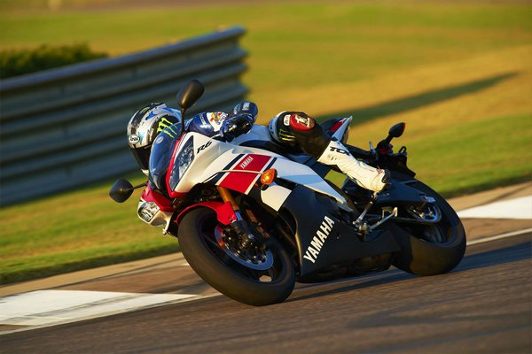 Легендарный мотоцикл из категории суперспорт Yamaha R6 - фото 6