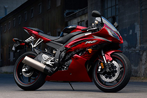 Мотоцикл Yamaha YZF R6 - легенда мотоспорта