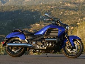 Мотоциклы Honda (Хонда) категория «Круизер» (Cruiser)