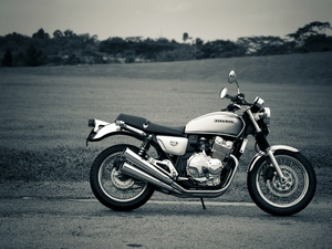 Обзор модели мотоцикла Honda CB 400
