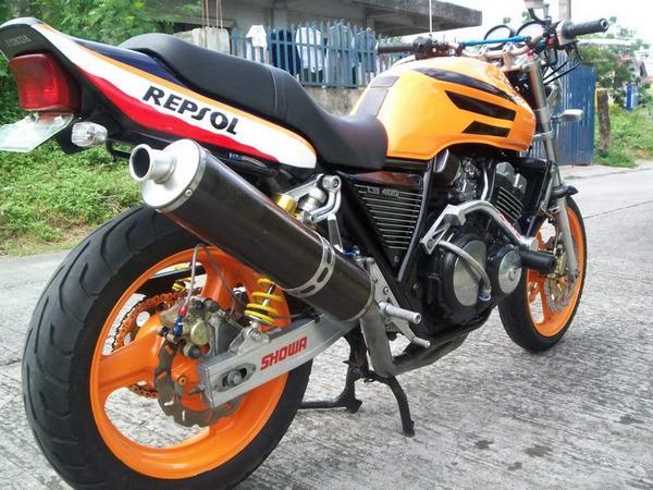 Фотогалерея Honda CB 400 - фото 1
