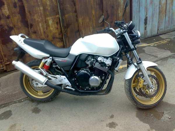 Фотогалерея Honda CB 400 - фото 12