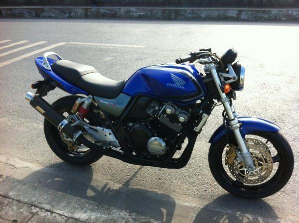 Фотогалерея Honda CB 400 - фото 18