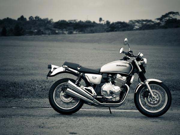 Фотогалерея Honda CB 400 - фото 7