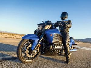 Мотоцикл Honda Valkyrie (Хонда Валькирия) - краткий обзор модели и технические характеристики