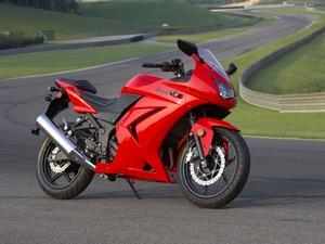 Кавасаки ниндзя 250 Р один из лучших мотоциклов для начинающих