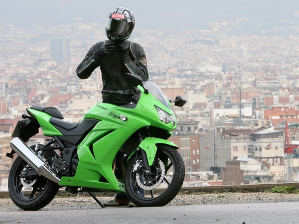 Фотогалерея Kawasaki ninja 250R - фото 17