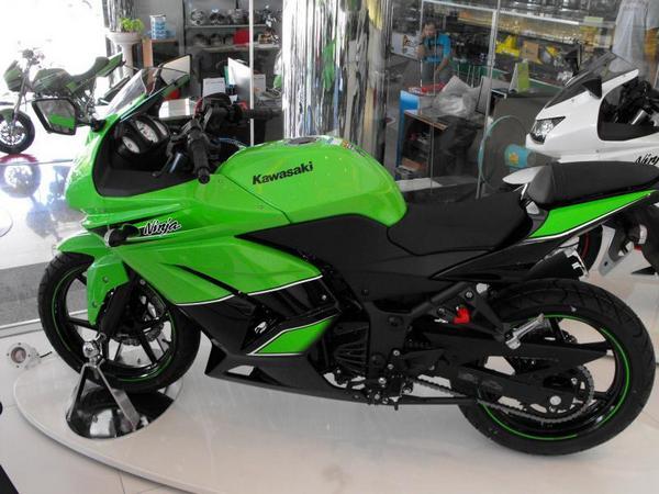 Фотогалерея Kawasaki ninja 250R - фото 19