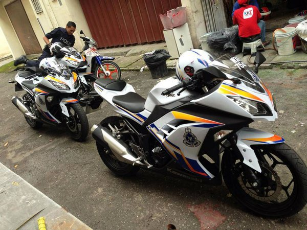 Фотогалерея Kawasaki ninja 250R - фото 7