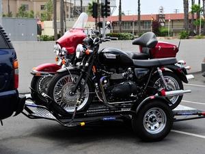 Прицеп для перевозки мотоцикла незаменимая вещь при дальней перевозке