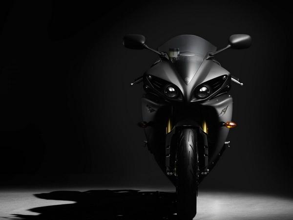 Yamaha YZF-R1 фотогалерея - фото 6