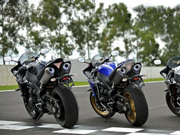 Yamaha YZF-R1 фотогалерея - фото 8