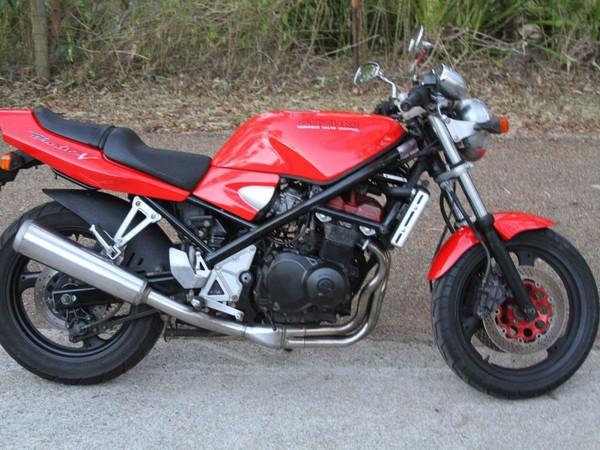 Фотогалерея мотоцикла Suzuki Bandit 400 (GSF400) - фото 12