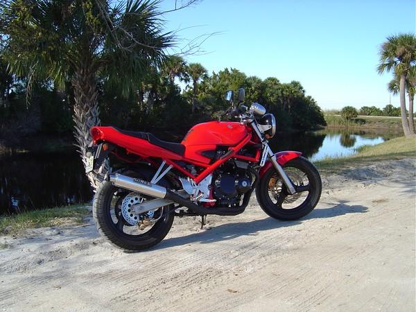 Фотогалерея мотоцикла Suzuki Bandit 400 (GSF400) - фото 6