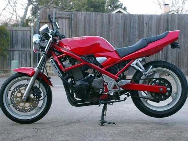 Фотогалерея мотоцикла Suzuki Bandit 400 (GSF400) - фото 3