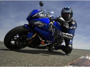 Мотоцикл Yamaha R6, обзор
