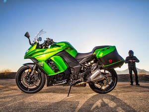 Выбирают Kawasaki Ninja 1000 из-за ABS с новым суппортом