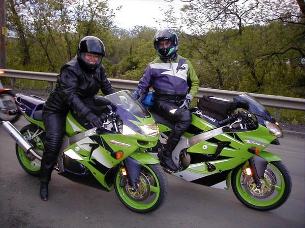Фотогалерея Kawasaki Ninja (Кавасаки Ниндзя) 600 фото-18