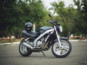 Обзор мотоцикла Хонда Брос 650