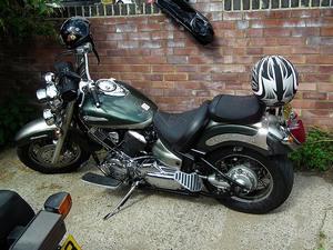 Yamaha — XVS1100 Drag Star