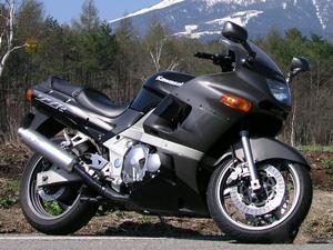 Описание мотоцикла Kawasaki ZZR