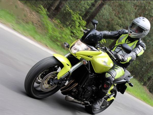 Фотогалерея мотоцикла Honda Hornet (Хонда Хорнет) CB 600 F - фото 8