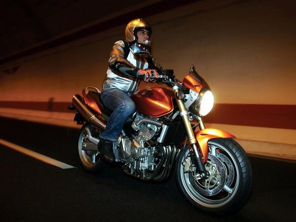 Фотогалерея мотоцикла Honda Hornet (Хонда Хорнет) CB 600 F - фото 17