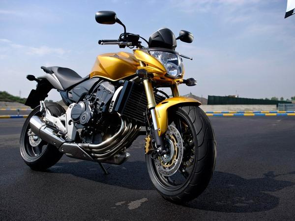 Фотогалерея мотоцикла Honda Hornet (Хонда Хорнет) CB 600 F - фото 19