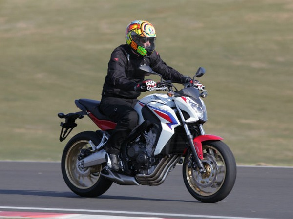 Фотогалерея мотоцикла Honda Hornet (Хонда Хорнет) CB 600 F - фото 21