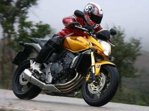 Седняя цена на Honda Hornet CB 600 F