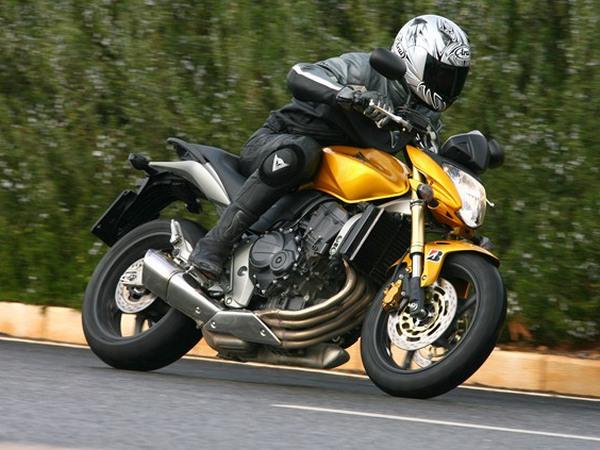 Фотогалерея мотоцикла Honda Hornet (Хонда Хорнет) CB 600 F - фото 4
