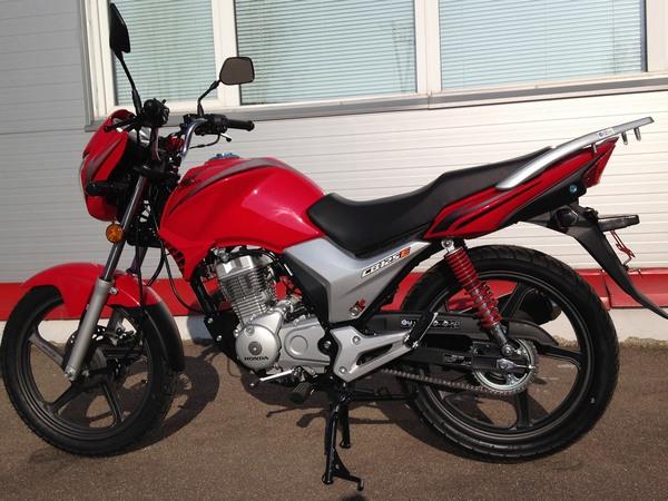 Фотогалерея мотоцикла Honda CB 125 - фото 6