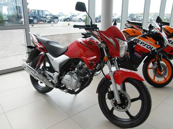 Фотогалерея мотоцикла Honda CB 125 - фото 2