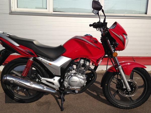 Фотогалерея мотоцикла Honda CB 125 - фото 3
