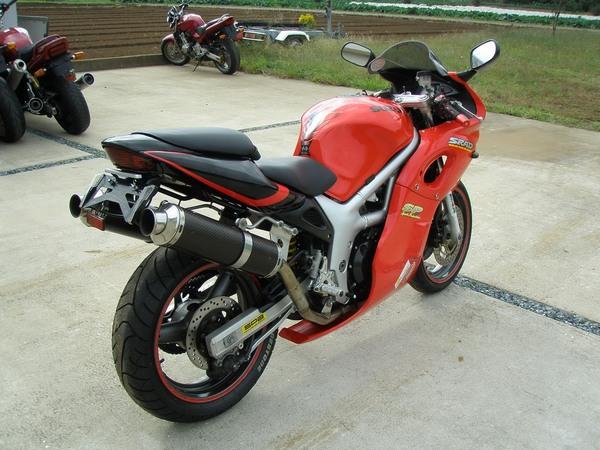 Фотогалерея мотоцикла Suzuki (Сузуки) SV (СВ) 400S  - фото 6